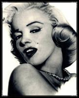 Pencil Drawings Of Famous Peop - Marilyn Monroe Pencil Drawing - Pencil  Paper