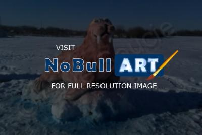 Sculptures - Walrus - Snow And Paint